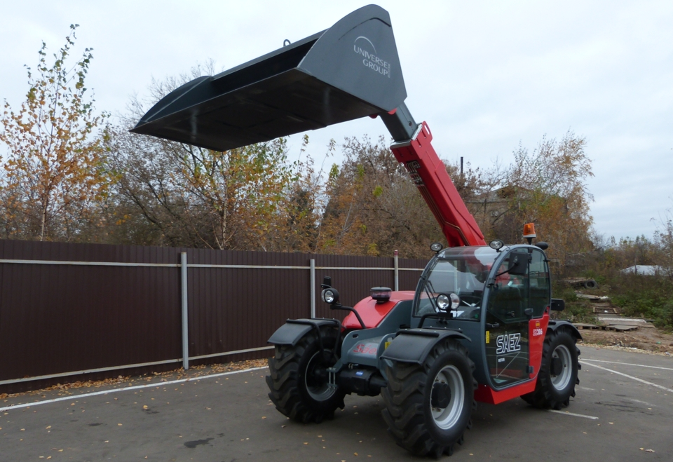 Compact telehandler SAEZ AB 306 for hire